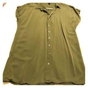 Forever 21 dark green shirt